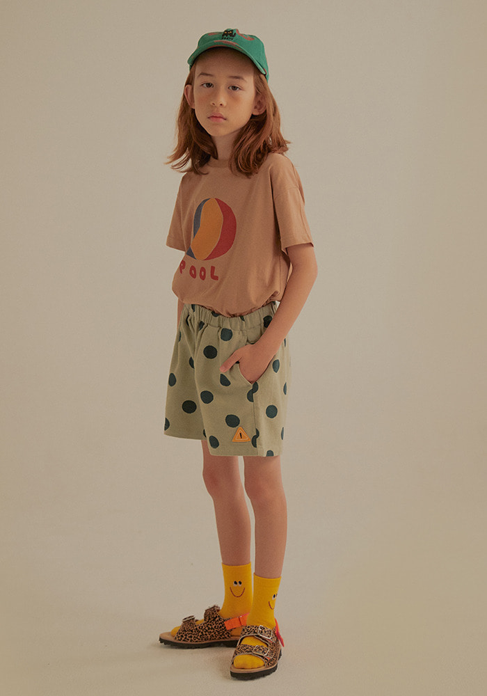 BEACH BALL SHORT SLEEVE T-SHIRT_Brown_Kids